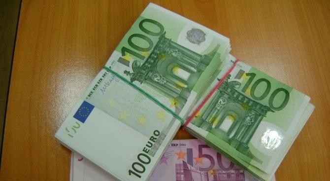 27 760 евро задържаха гранични полицаи и митничари на Терминал