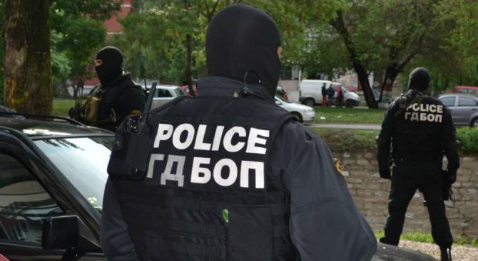Специализираната прокуратура привлече към наказателна отговорност пет лица за участие