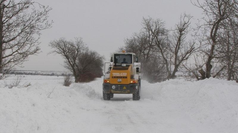 Пробиха снежната блокада около видинското село Медешевци