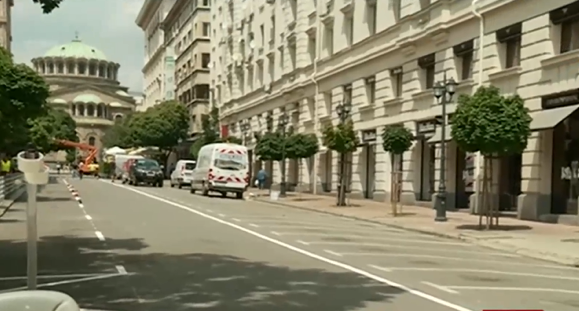 """Малката уличка """"Съборна"""" в София, която се намира зад президентството,"""