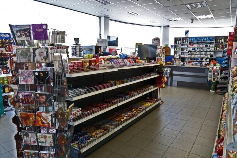 Хлапак е откраднал пари от бензиностанция в Бяла Слатина, съобщиха