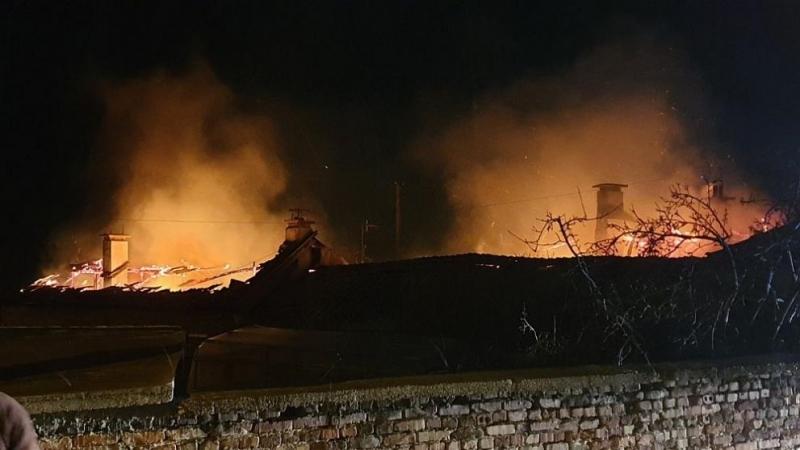 Четирима души загинаха в пожар, избухнал вчера вечерта в старчески