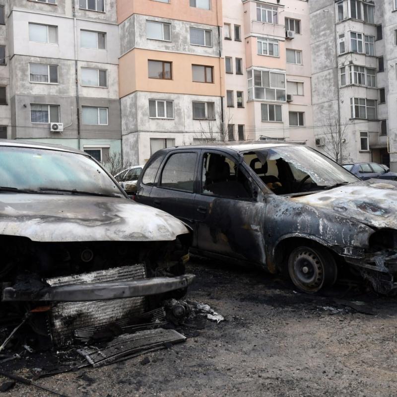 Два автомобила, собственост на горски стражари, са подпалени тази нощ