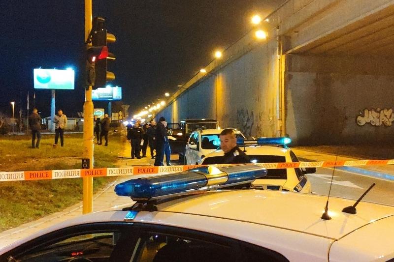 Полицията издирва двама души за показния разстрел на бизнесмена Николай