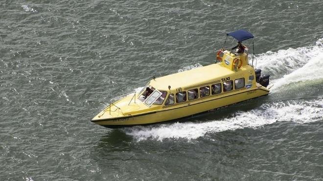 Пускат морски таксита между кварталите на Бургас