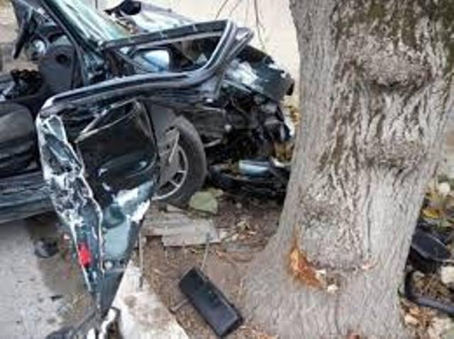 31-годишна жена е загинала в тежка катастрофа на пътя между