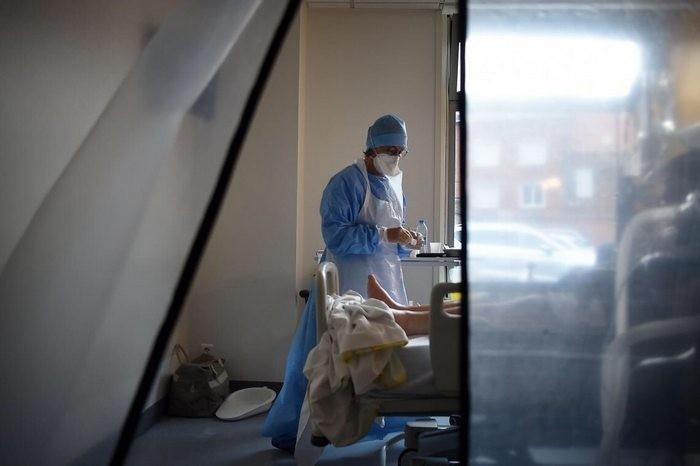 Заради коронавируса: Франция ще разглежда с приоритет исканията за гражданство на медици от чужд произход