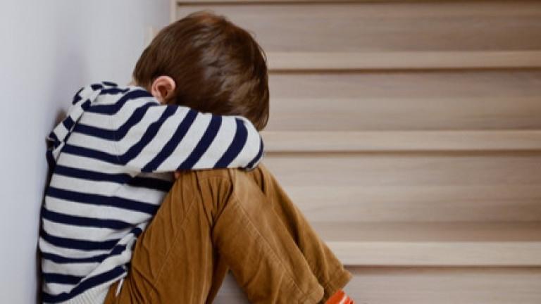 Майка на 2-годишно дете твърди, че е било подложено на