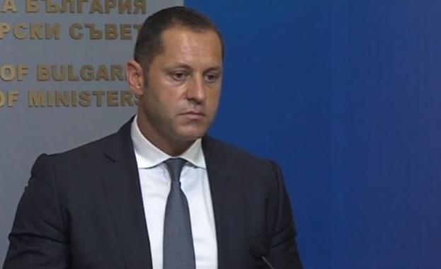 Александър Манолев подаде оставка като зам.-министър