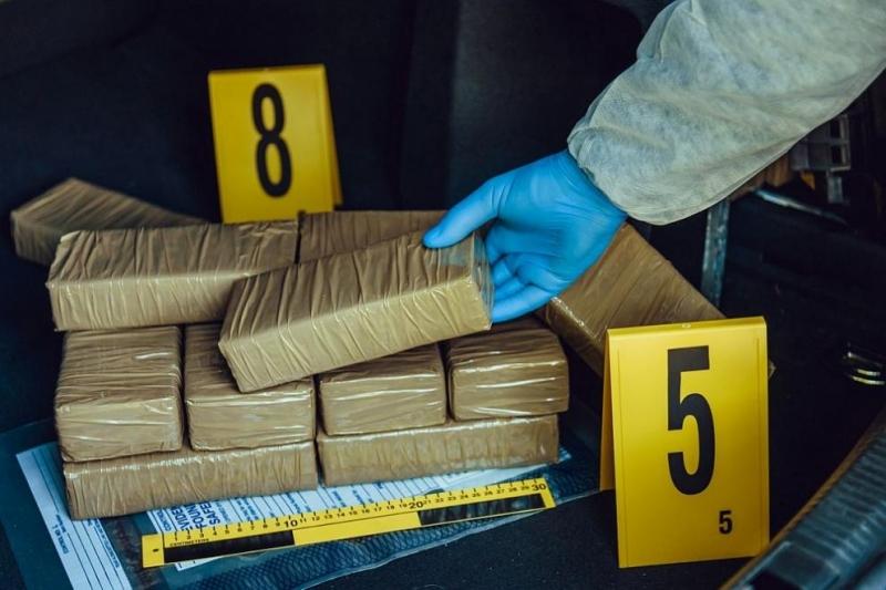 Мексиканската армия е задържала самолет, превозващ 1.5 тона кокаин на