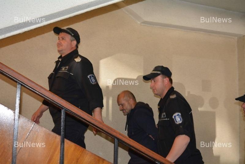 Задържаха ломчанин, осъден за трафик на хора в Унгария