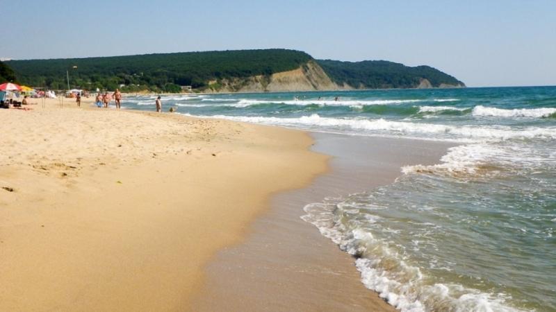 Въпреки необичайните условия Северното Черноморие вече посрещна първите туристи. Някои