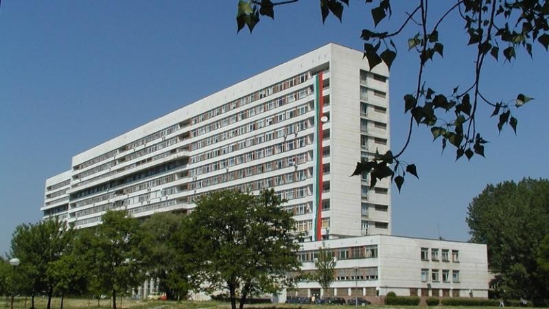 """83-годишен пациент на университетската болница """"Пловдив"""" е скочил тази нощ"""