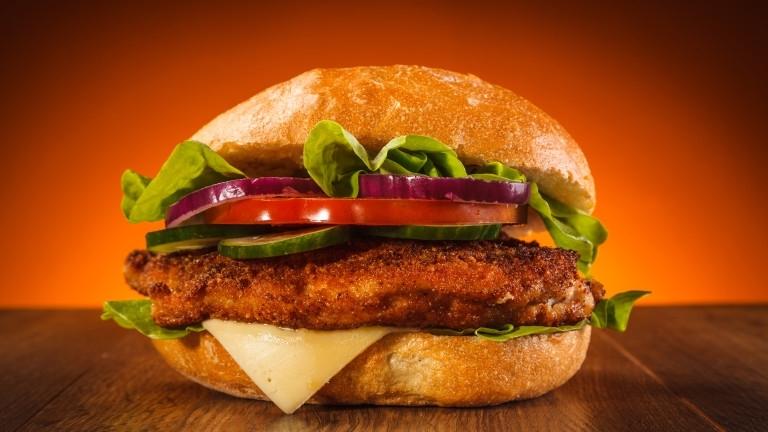 Снимка: Клиент застреля сервитьор, забавили му сандвича
