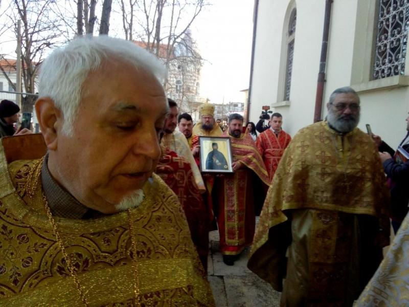 Днес, за първи път в България, във Враца пристигна икона