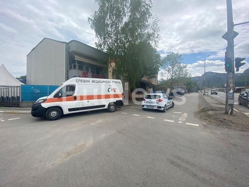 От полицията във Враца съобщиха подробности за катастрофата с линейка