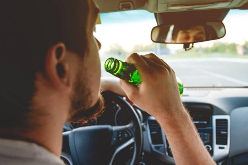 Свалили са регистрационните табели на автомобил, управвляван от пиян шофьор,