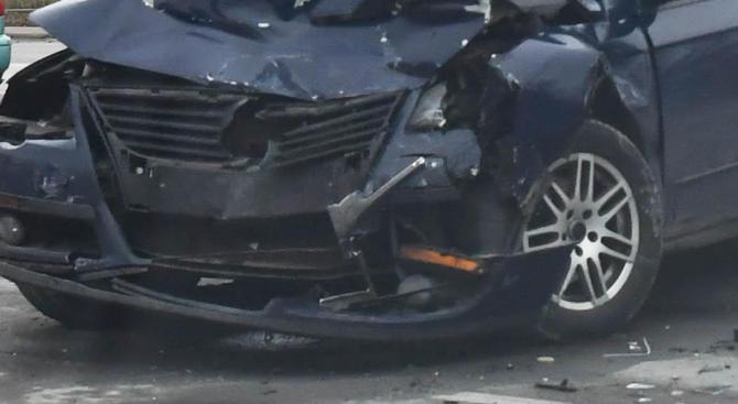 "25-годишна жена е пострадала при пътен инцидент на автомагистрала ""Хемус"""