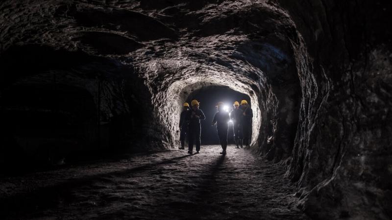Телата на трима младежи бяха извадени изпод развалините на рудник
