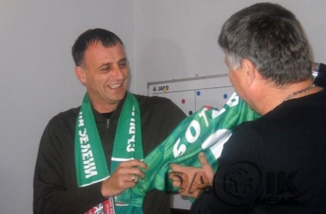 """Край на слуховете: Тони Здравков е новият старши-треньор на """"Ботев""""/Враца/"""