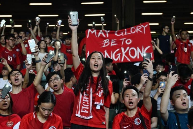 Китайският парламент прие закона за националната сигурност на Хонконг,потвърдиха китайските