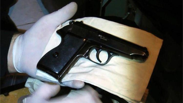 Полицията е иззела незаконен пистолет от къща във врачанското село