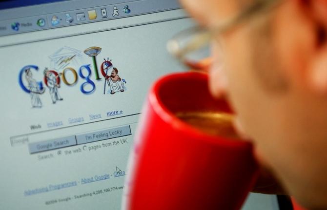 Гигантите на интернет да бъдат принудени да плащат на издателите