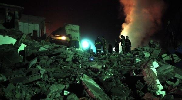 Най-малко девет души загинаха, а трима бяха спасениследексплозиявъв въгледобивнаминавСоча, ЦентралнаКолумбия,