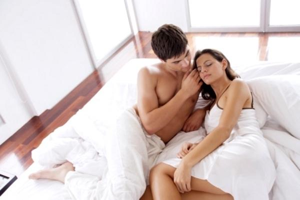За разлика от мъжете, жените не търсят само физическа любов.