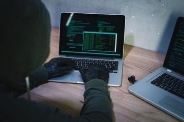 Снимка: НАП спира временно 6 електронни услуги