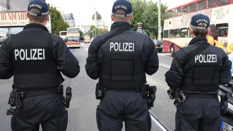 """Има пострадали атака с нож във Франфурт, съобщава вестник """"Дейли"""