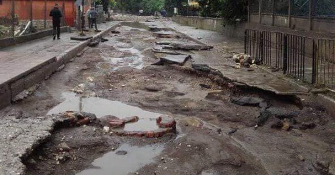 Ситуацията в Мизия след потопа се подобрява. Вода по улиците
