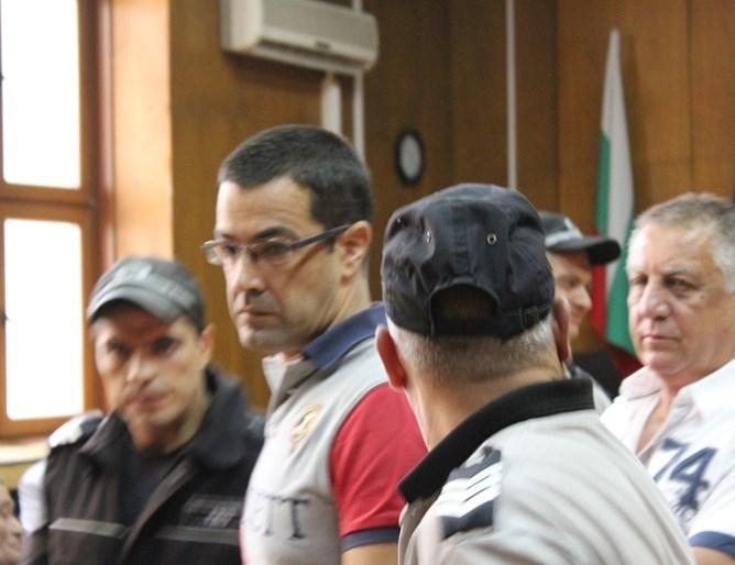 По 20 години ефективен затвор присъди окръжният съд в Пазарджик