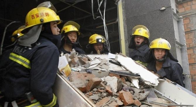Броят на жертвите при експлозията в газопреработвателен завод в град