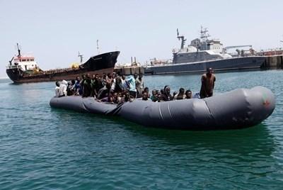 Испанската морска спасителна служба съобщи, че в края на миналата