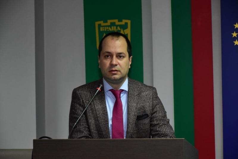 Снимка: Бюджет 2020 – функционална градска среда, екологичен транспорт, ново улично осветление и ефективно управление на отпадъците във Враца /снимки/