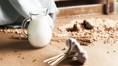 Известно е, че чесънът притежава свойствата на мощен природен антибиотик,