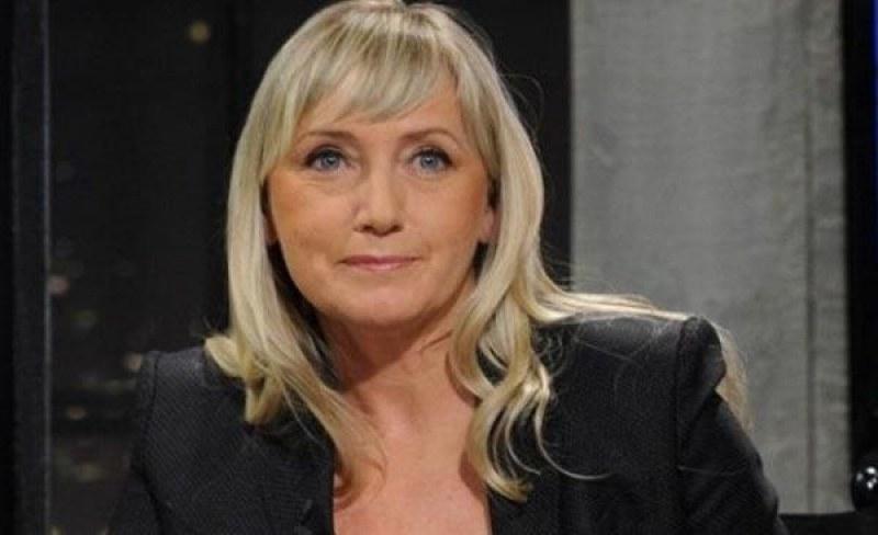 Елена Йончева спечели тайното гласуване за водач на листата на