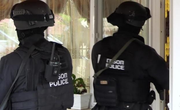Служители на реда са разкрили незаконна лихварска дейност в монтанското