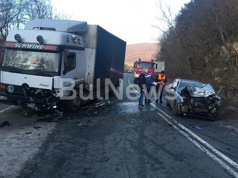 MВР излезе с подробности за жестоката катастрофа край село Ребърково