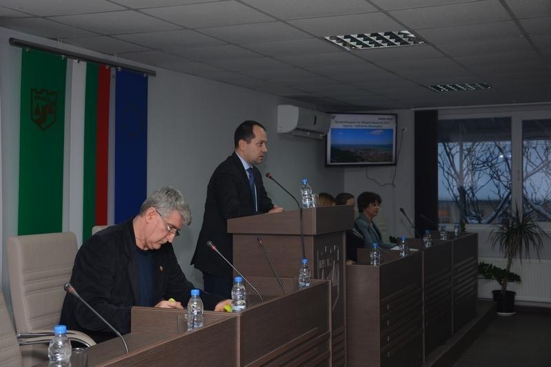 Председателят на съветниците във Враца сдава поста си