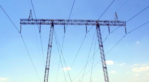 Държавата ще се опитва да надуе цената на тока, като
