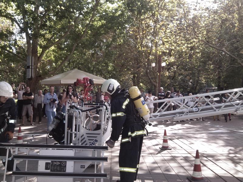 Шестима пожарникари от Монтанско са наградени по повод професионалния празник