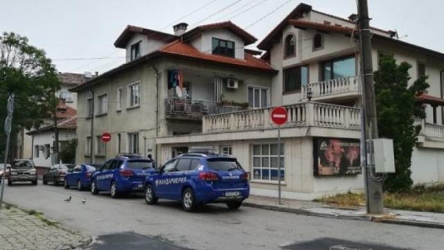 Спецакция в Ботевград: Жандармерия обгради дома на зам.-министъра на екологията
