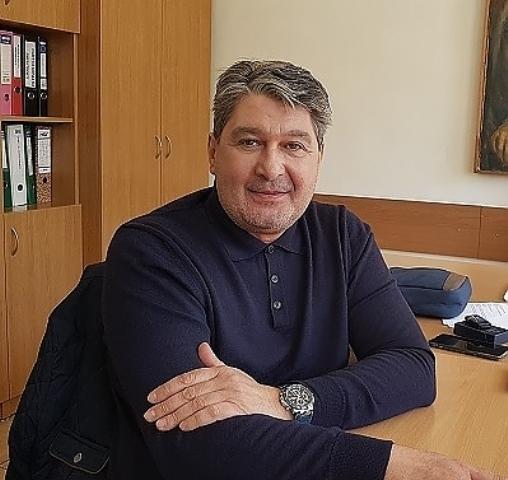 Петър Керемедчиев поздрави медицинските специалисти по случай Международния ден на сестринството