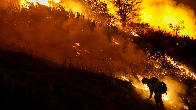 Пожари обхванаха Северна Испания, съобщават от АФП по информация на