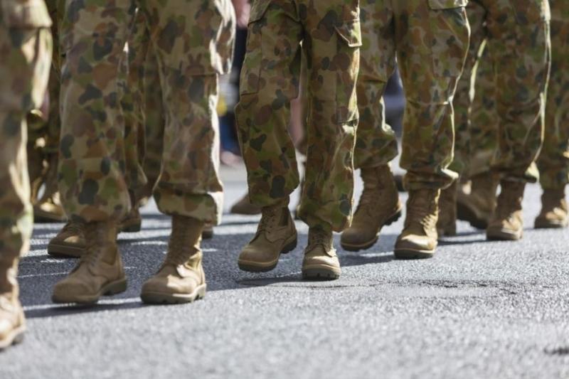 Германските военни започнаха официалното си изтегляне от Афганистан днес, след