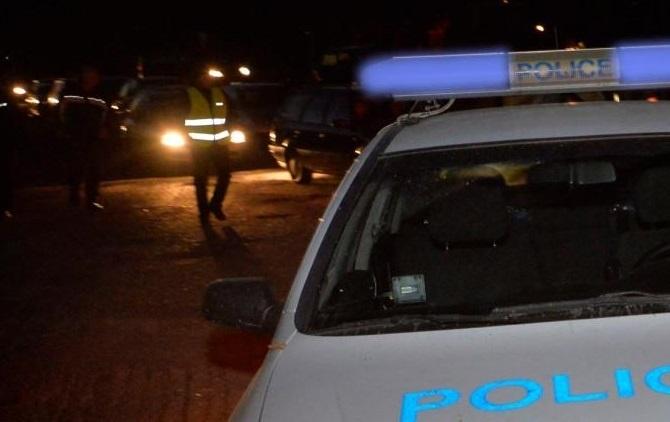 Бандити са разбили и обрали лек автомобил във Видин, съобщиха