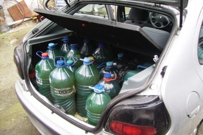Полицаи са засекли нагъл крадец на дизел с 51 литра
