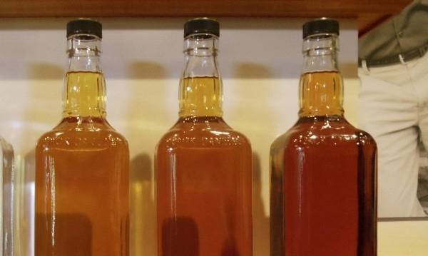 Хванали са криминално проявен, откраднал 7 бутилки уиски от хранителен